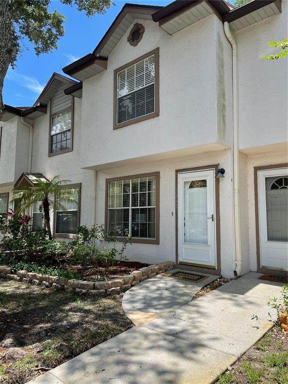 3337 Fox Hunt Drive, Palm Harbor, FL 34683 (MLS #U8127736) :: Sarasota Home Specialists