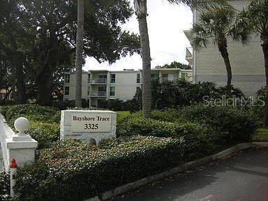 3325 Bayshore Boulevard C11, Tampa, FL 33629 (MLS #U8130648) :: The Brenda Wade Team