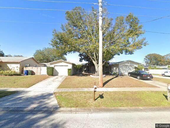 11131 126TH Avenue, Largo, FL 33778 (MLS #U8130992) :: Vacasa Real Estate