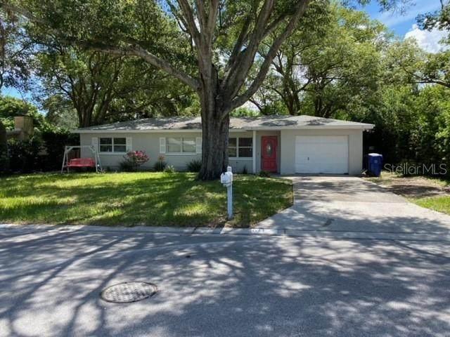 611 Pinewood Drive, Dunedin, FL 34698 (MLS #U8131048) :: Carmena and Associates Realty Group