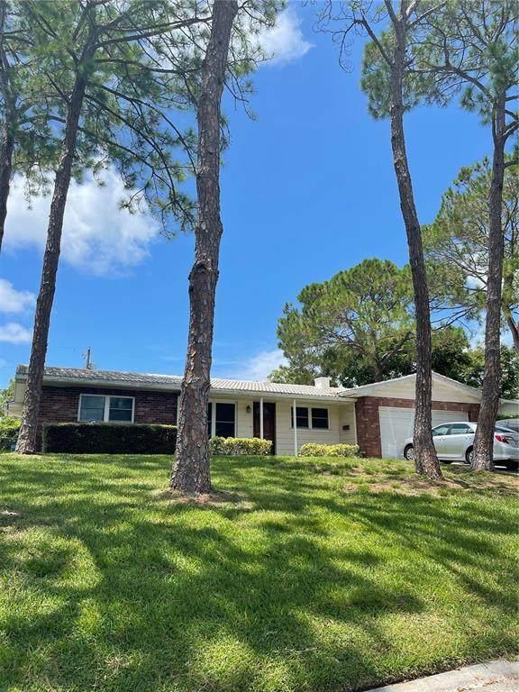 1316 Highfield Drive, Clearwater, FL 33764 (MLS #U8132793) :: Godwin Realty Group