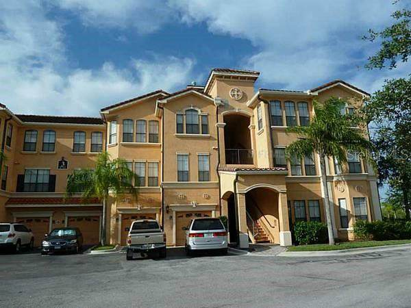 2721 Via Murano #321, Clearwater, FL 33764 (MLS #U8140182) :: Alpha Equity Team