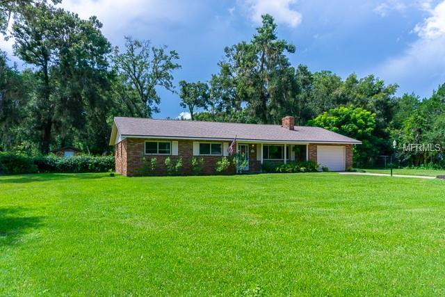 760 E Lansdowne Avenue, Orange City, FL 32763 (MLS #V4902399) :: Premium Properties Real Estate Services