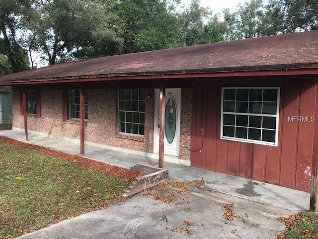 709 S Adelle Avenue, Deland, FL 32720 (MLS #V4904855) :: Griffin Group