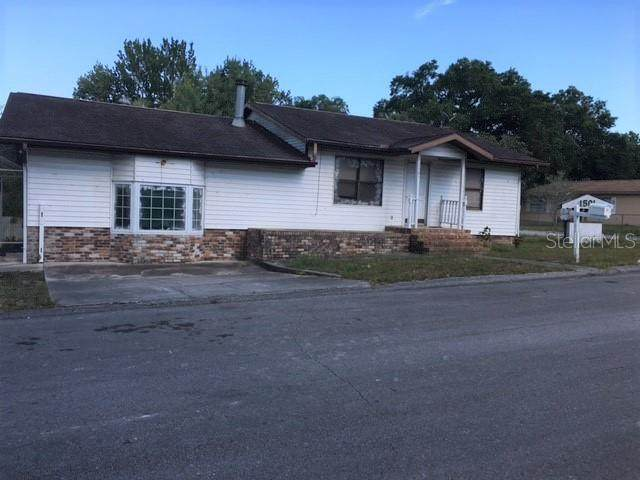1501 N Clearview Avenue, Deland, FL 32724 (MLS #V4918593) :: The Hustle and Heart Group