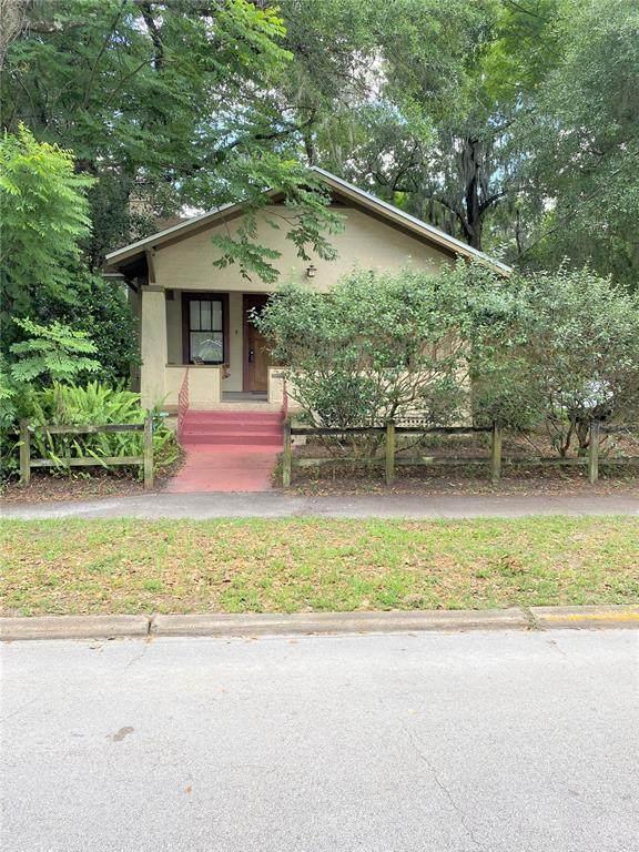 228 W Wisconsin Avenue, Deland, FL 32720 (MLS #V4919097) :: Armel Real Estate