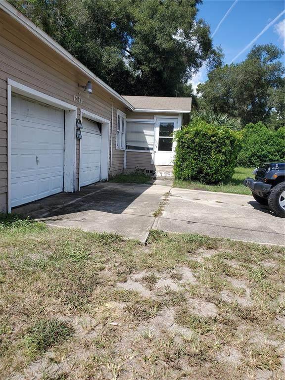 1560 S Clara Avenue, Deland, FL 32720 (MLS #V4921739) :: McConnell and Associates