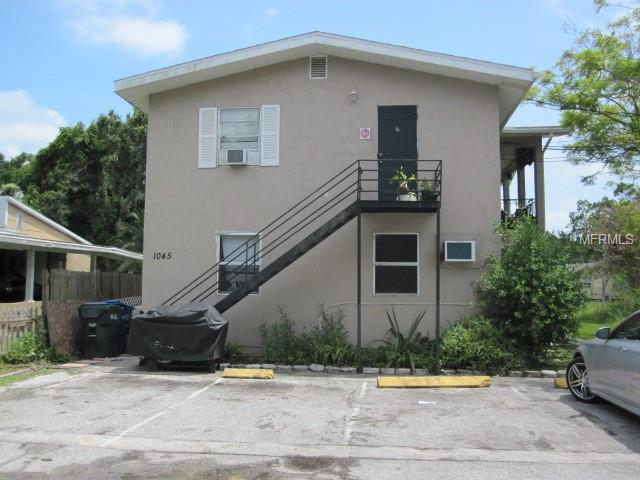 1045 11TH Avenue NW, Largo, FL 33770 (MLS #W7803333) :: The Duncan Duo Team
