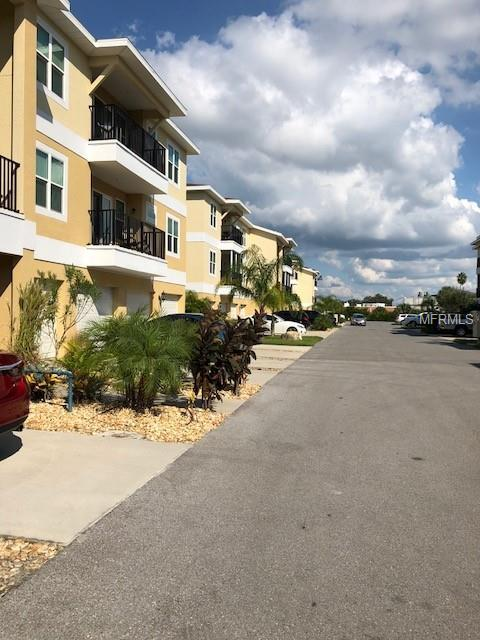 5065 Royal Palms Way #302, New Port Richey, FL 34652 (MLS #W7805884) :: RE/MAX CHAMPIONS