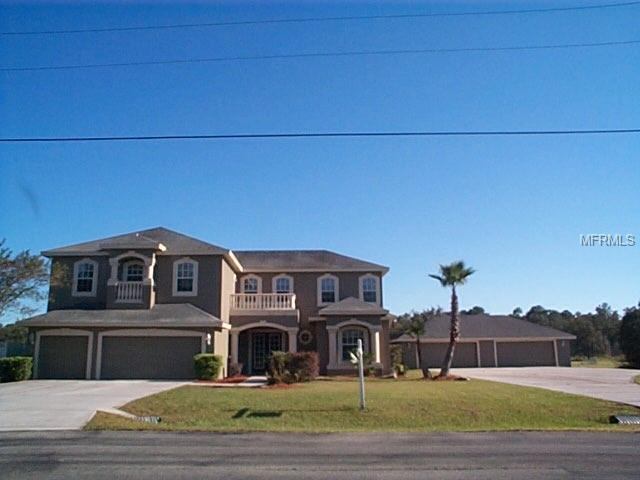 8352 Woodleaf Boulevard, Wesley Chapel, FL 33544 (MLS #W7806285) :: The Duncan Duo Team