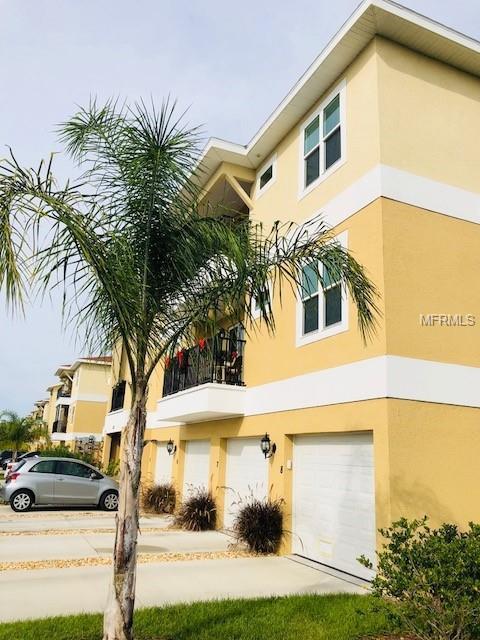 5111 Royal Palms Way #304, New Port Richey, FL 34652 (MLS #W7807218) :: RE/MAX Realtec Group