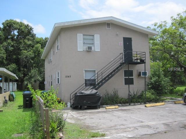1045 11TH Avenue NW, Largo, FL 33770 (MLS #W7808732) :: The Duncan Duo Team