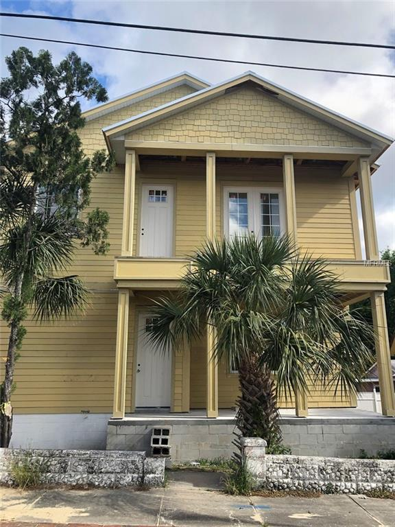 137 E Orange Street, Tarpon Springs, FL 34689 (MLS #W7811807) :: Myers Home Team