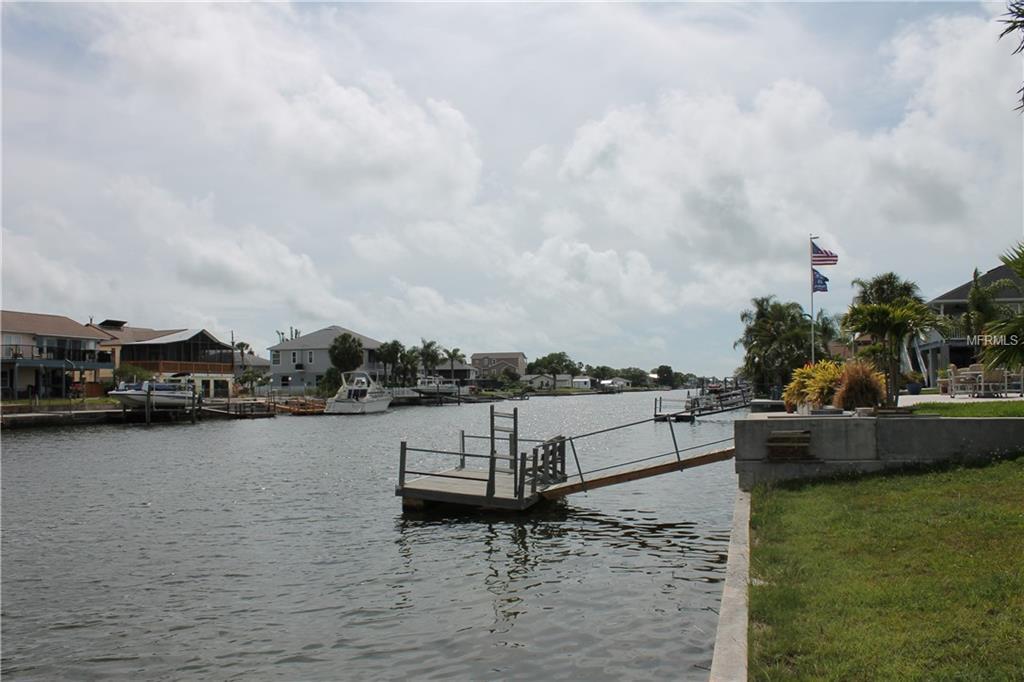 4008 Gulfview Drive - Photo 1