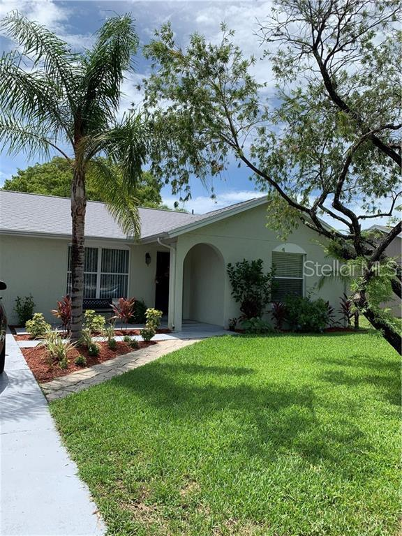 3237 Seven Springs Boulevard, New Port Richey, FL 34655 (MLS #W7813561) :: RE/MAX CHAMPIONS