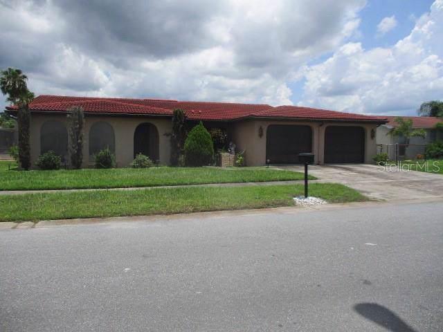 2212 Tumbleweed Drive, Holiday, FL 34690 (MLS #W7814462) :: Team Bohannon Keller Williams, Tampa Properties