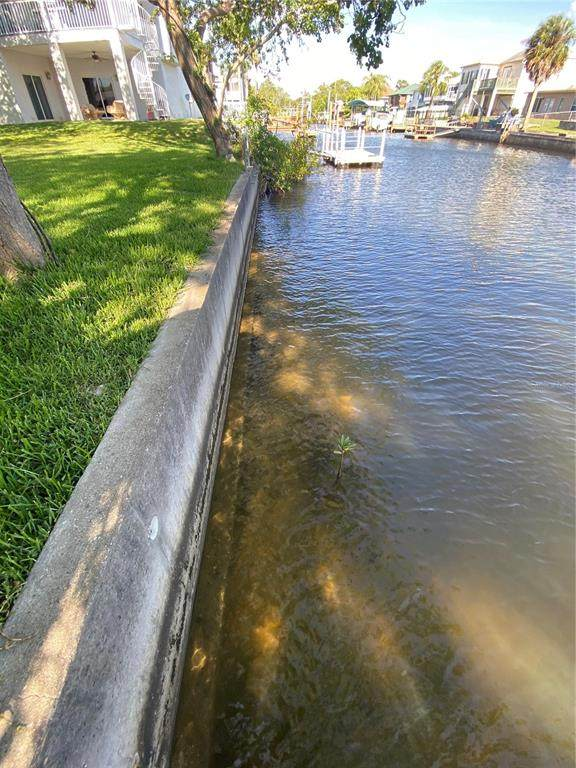 Gulf Way, Hudson, FL 34667 (MLS #W7833330) :: Premier Home Experts