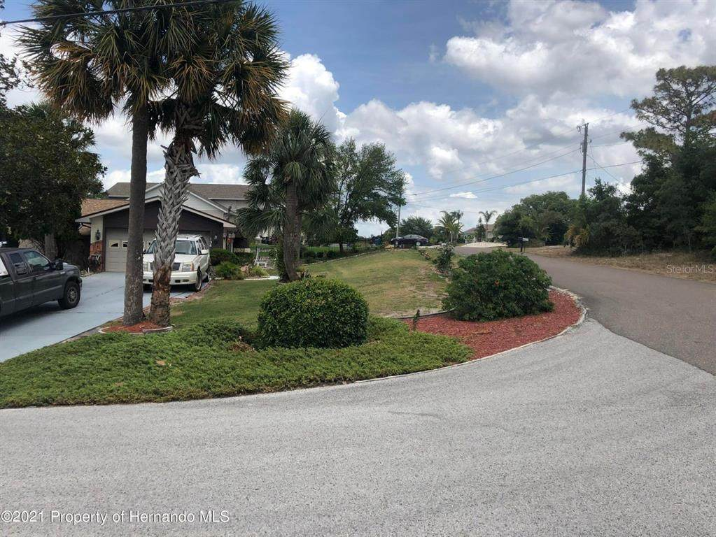 6575 Clearwater Drive - Photo 1