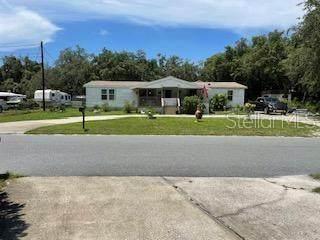 10044 Frierson Lake Dr, Hudson, FL 34669 (MLS #W7836988) :: Griffin Group