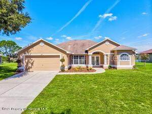 8119 Shorecrest Court, Spring Hill, FL 34606 (MLS #W7839184) :: Vacasa Real Estate