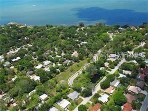 622 Bellora Way, Sarasota, FL 34234 (MLS #A4199837) :: Everlane Realty