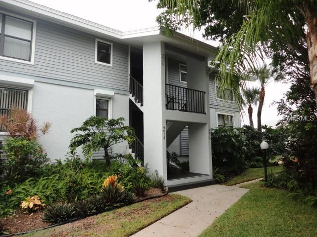 9070 Midnight Pass Road #13, Sarasota, FL 34242 (MLS #A4203540) :: RealTeam Realty