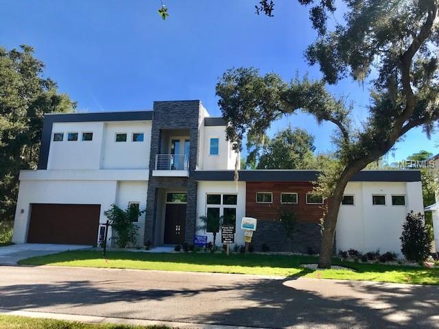612 Bellora Way, Sarasota, FL 34234 (MLS #A4401293) :: Delgado Home Team at Keller Williams