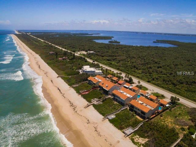 9357 S Highway A1a, Melbourne Beach, FL 32951 (MLS #A4404001) :: The Duncan Duo Team