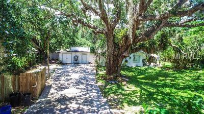 2419 Temple Street, Sarasota, FL 34239 (MLS #A4409023) :: Medway Realty