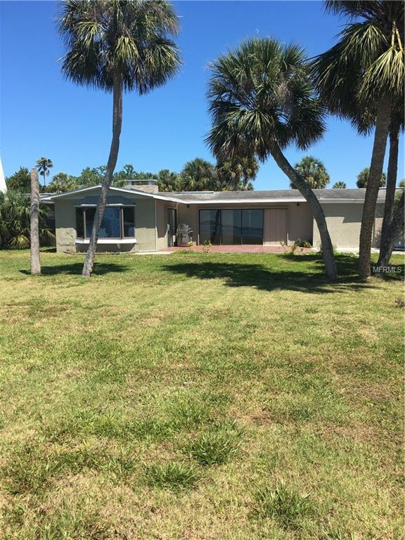 2304 Bay Drive, Bradenton, FL 34207 (MLS #A4433215) :: The Duncan Duo Team