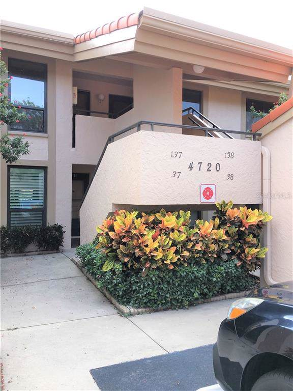 4720 Brittany Drive S #38, St Petersburg, FL 33715 (MLS #A4443542) :: The Figueroa Team