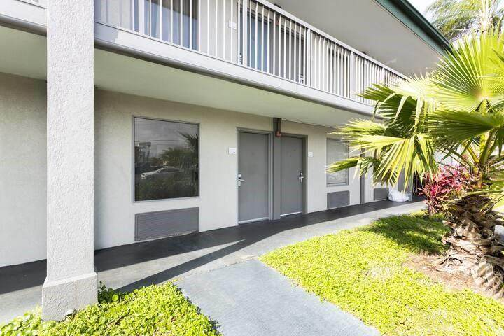 7150 Tamiami Trail - Photo 1