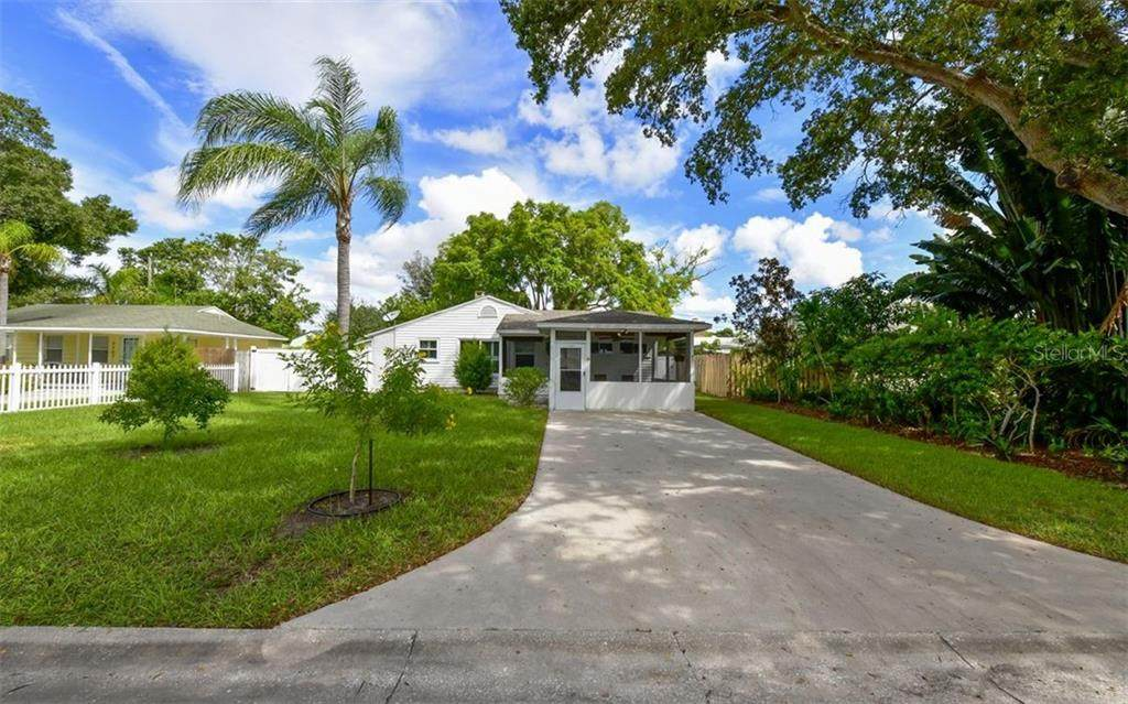 2119 Orchid Street - Photo 1