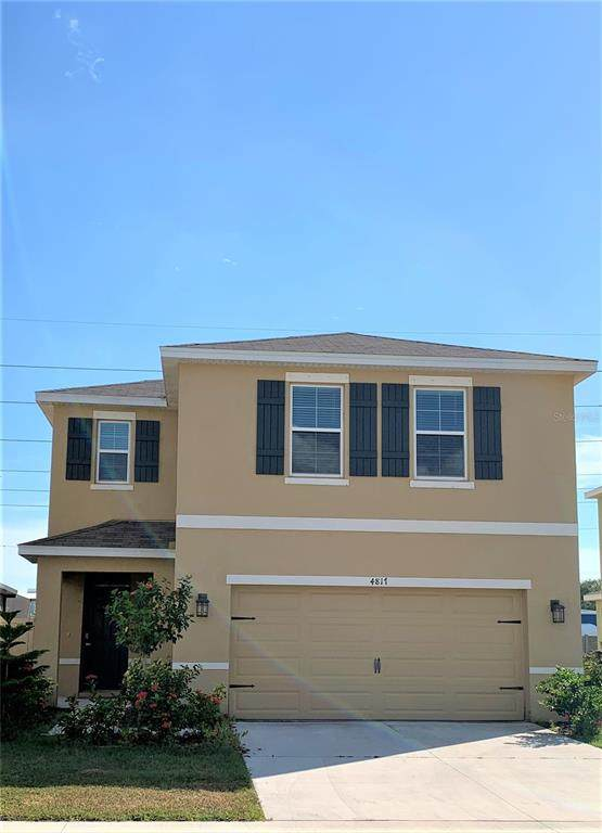 4817 Silver Topaz Street, Sarasota, FL 34233 (MLS #A4514723) :: The Duncan Duo Team