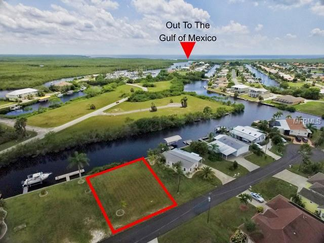 741 Fontana Drive, Punta Gorda, FL 33950 (MLS #C7415583) :: The Duncan Duo Team