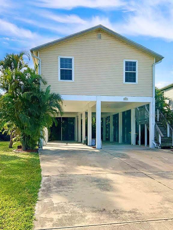3411 Country Club Lane, Punta Gorda, FL 33950 (MLS #C7424250) :: Team Bohannon Keller Williams, Tampa Properties