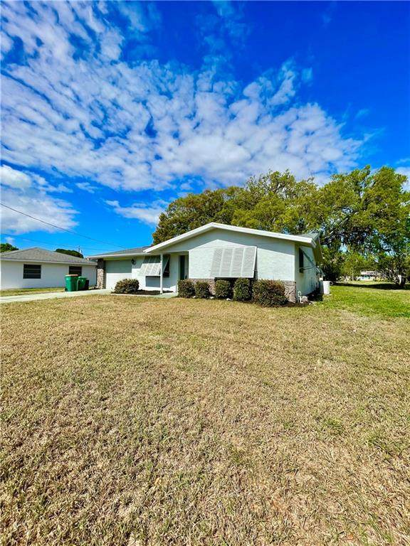 1036 Reed Terrace NW, Port Charlotte, FL 33948 (MLS #C7438372) :: Premier Home Experts