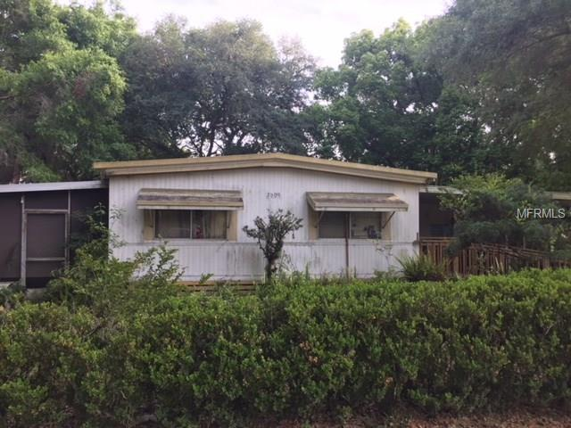 4557 32ND Place, Wildwood, FL 34785 (MLS #G4855233) :: The Duncan Duo Team