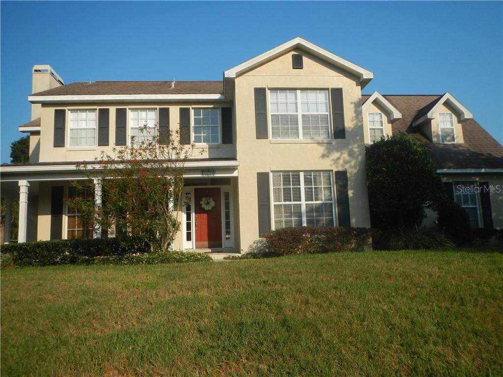 5834 Coveview Drive - Photo 1