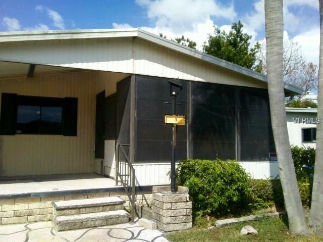 36053 Coleus Avenue, Zephyrhills, FL 33541 (MLS #O5540963) :: The Duncan Duo Team