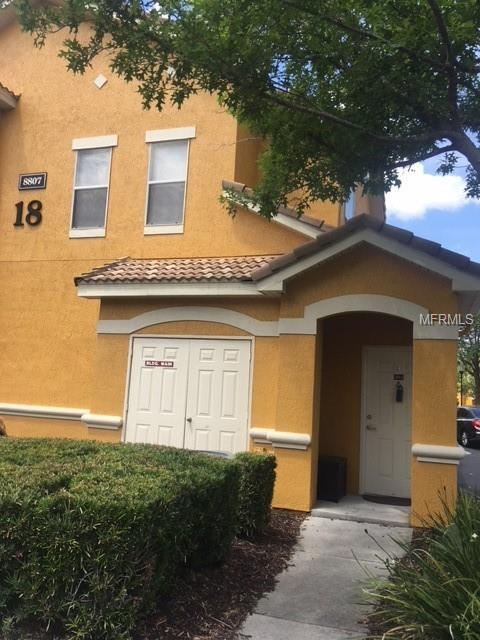 8807 Villa View Circle #204, Orlando, FL 32821 (MLS #O5700256) :: The Duncan Duo Team