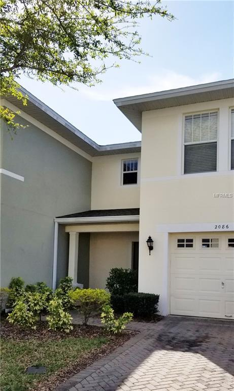 2086 Cypress Bay Boulevard, Kissimmee, FL 34743 (MLS #O5749490) :: The Duncan Duo Team