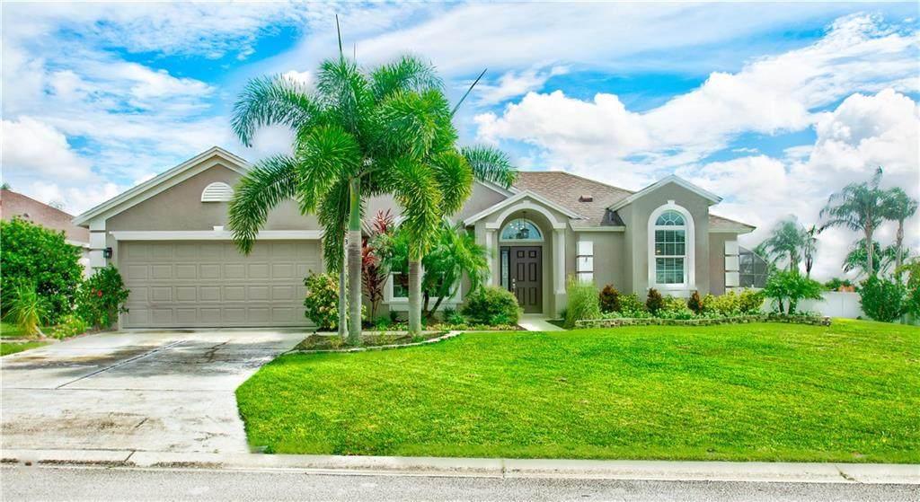 633 Loma Del Sol Drive - Photo 1