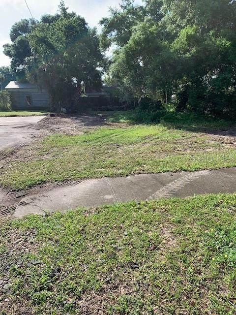 Davis Avenue, Umatilla, FL 32784 (MLS #O5938657) :: Premier Home Experts