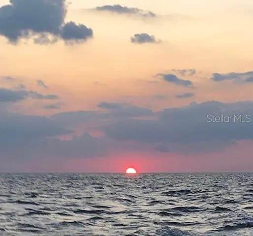 12548 Capri Circle N #3, Treasure Island, FL 33706 (MLS #O5962279) :: Lockhart & Walseth Team, Realtors