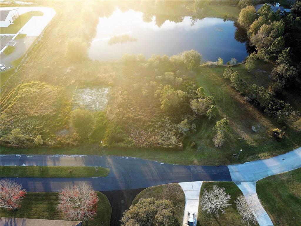312 Lake Circle - Photo 1
