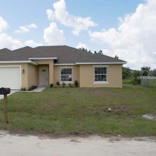 179 Denton Avenue, Auburndale, FL 33823 (MLS #P4906026) :: The Duncan Duo Team