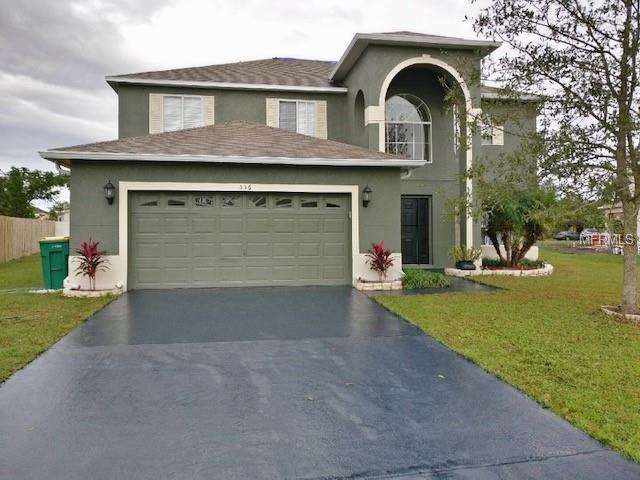 556 Bristol Circle, Kissimmee, FL 34758 (MLS #S5011501) :: The Duncan Duo Team