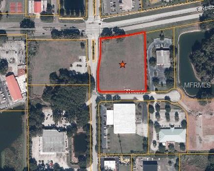 Walden Woods Drive, Plant City, FL 33566 (MLS #T2840796) :: The Duncan Duo Team