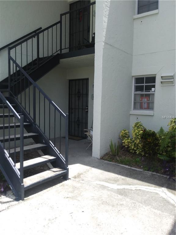 3817 N Oak Drive H31, Tampa, FL 33611 (MLS #T3118431) :: Team Bohannon Keller Williams, Tampa Properties